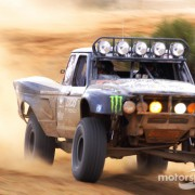 score-baja-1000-2011-the-desert-assassin-team-truck