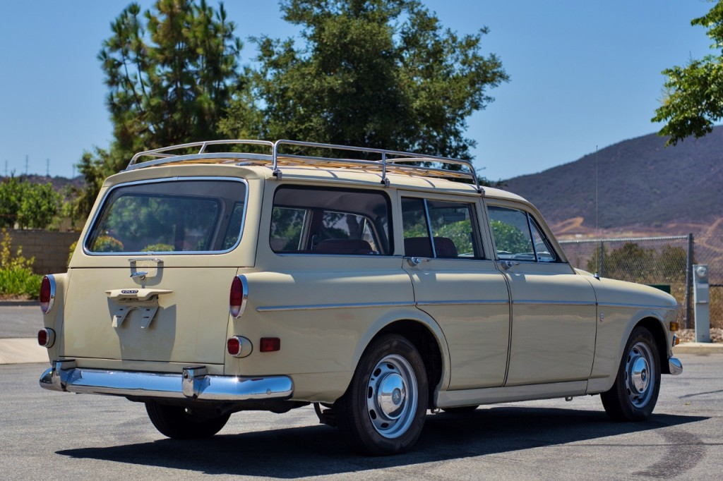dietzmotorcraft | 1968 Volvo 122S Amazon Wagon